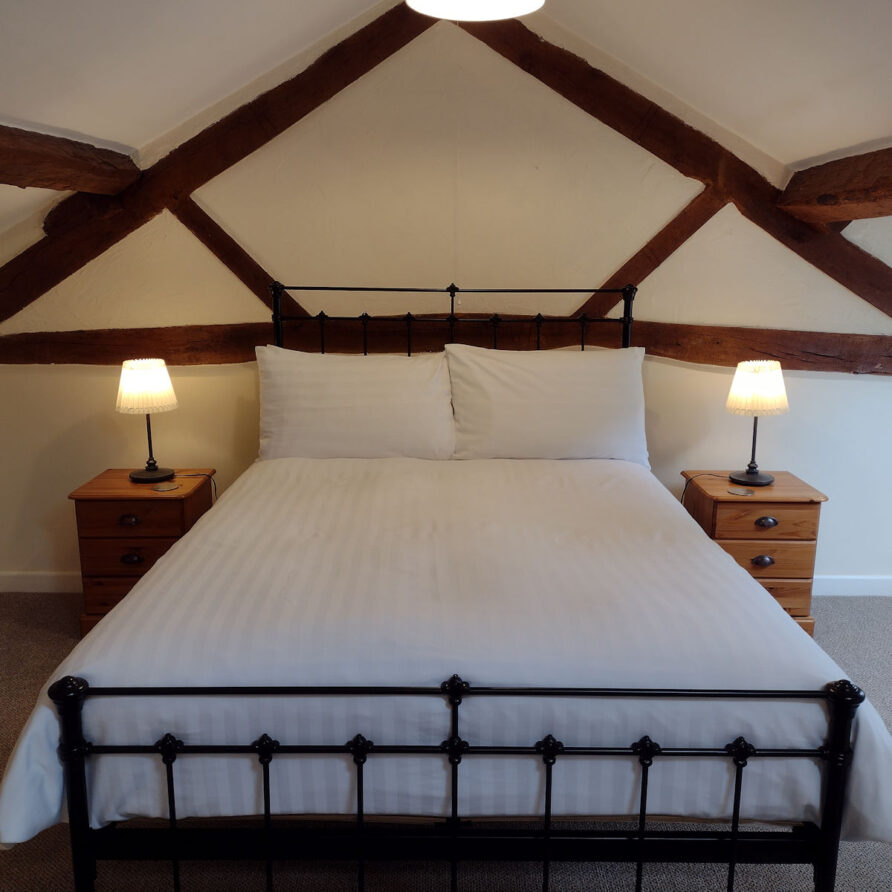 The double bed in Severn cottage